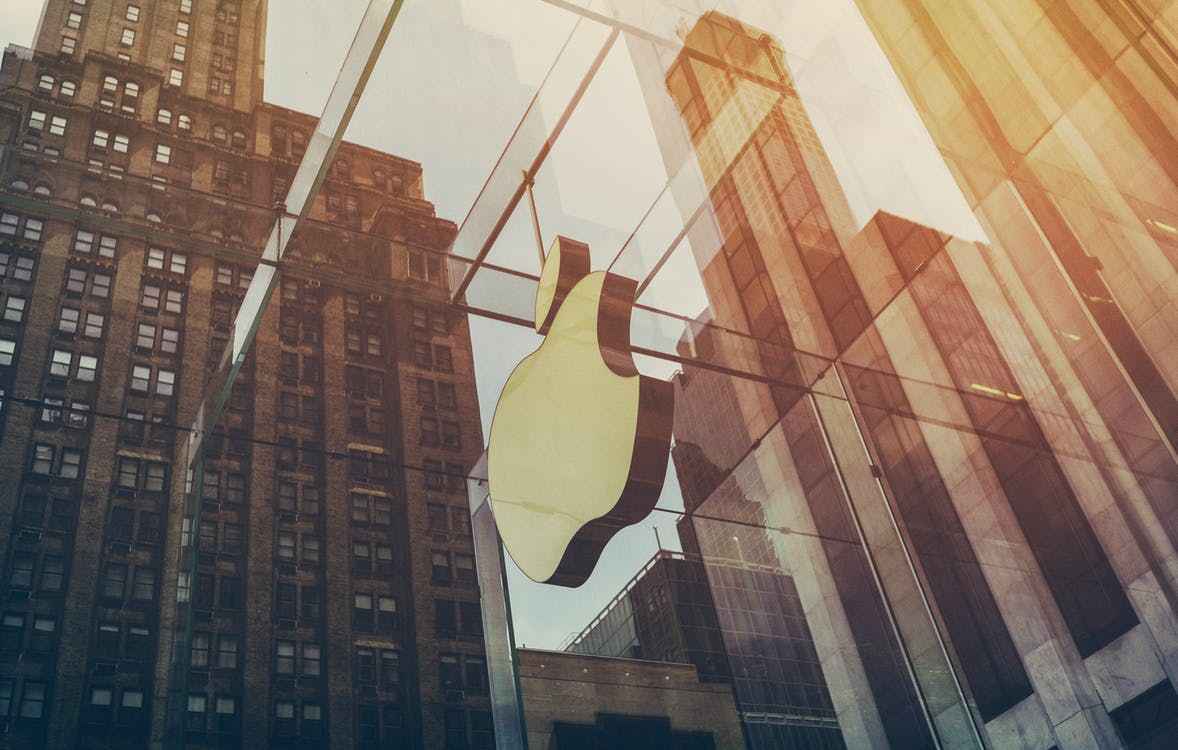 ¿Por qué Apple acaba de cambiar por completo la esencia de su estrategia de marketing?